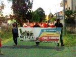 Cartello della Manifestazione Mo basta a Crotone