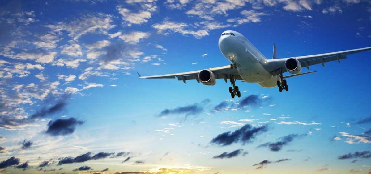 grande-aereo-in-volo-1200x565